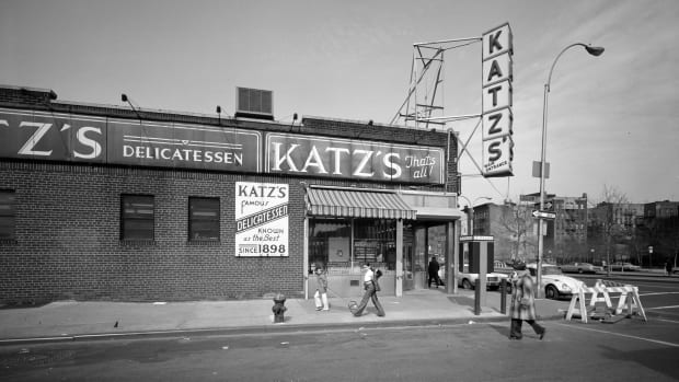 15 of America's Most Historic Restaurants, Katz Deli NYC