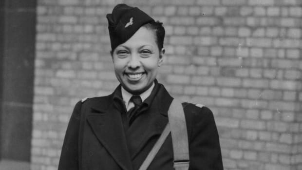 Josephine Baker's Double Life as a World War II Spy