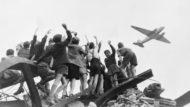 HISTORY: Berlin Airlift