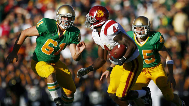 7 of the Fiercest Rivalries in College Football History