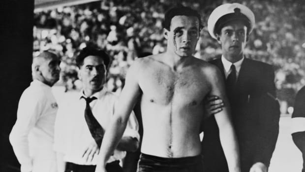 The Infamous 1956 Olympic Water Polo Match Known as 'Blood in the Water'