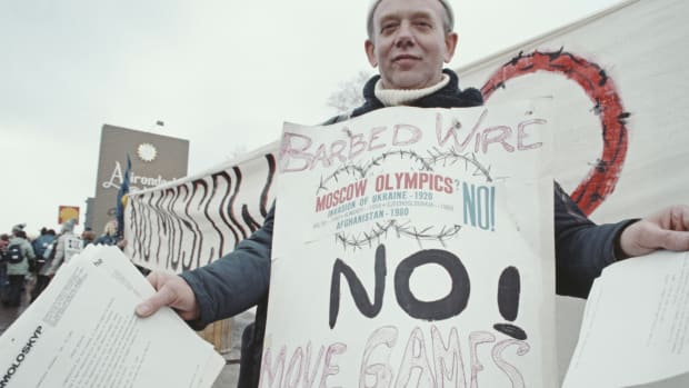 A protester against the Moscow summer Olympics, on February 14, 1980 in Lake Placid, New York.