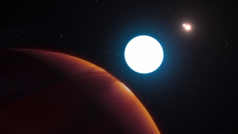 Newly Discovered Planet Has Three Suns