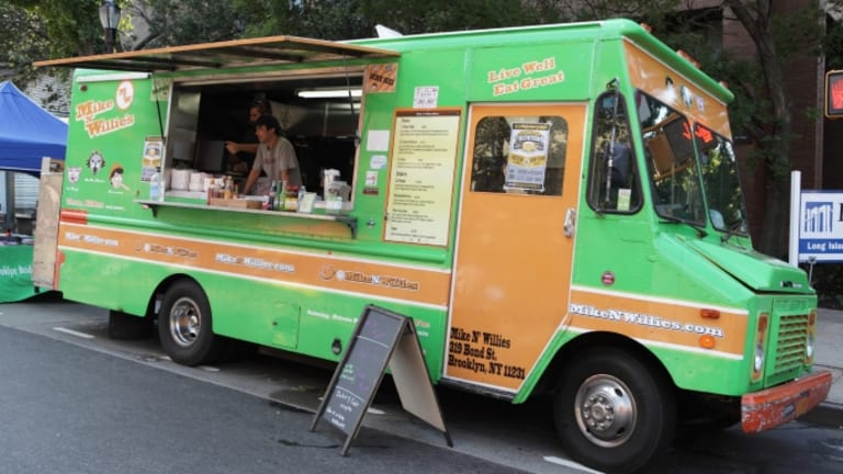 From Chuck Wagons to Pushcarts: The History of the Food Truck