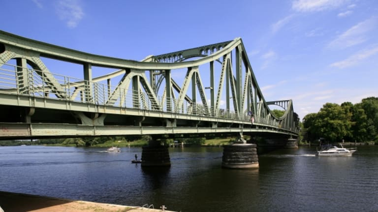 Prisoner Exchanges Across the Bridge of Spies, From Powers to Shcharansky
