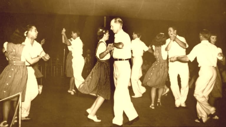 Square Dancing: A Swinging History