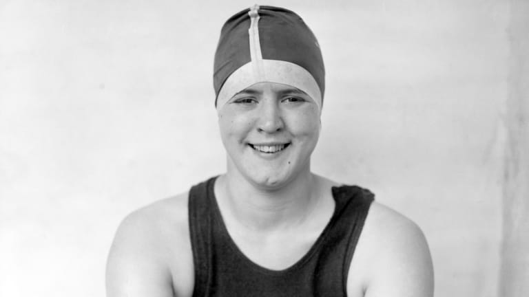 The First Woman to Swim the English Channel Beat the Men's Record by Two Hours