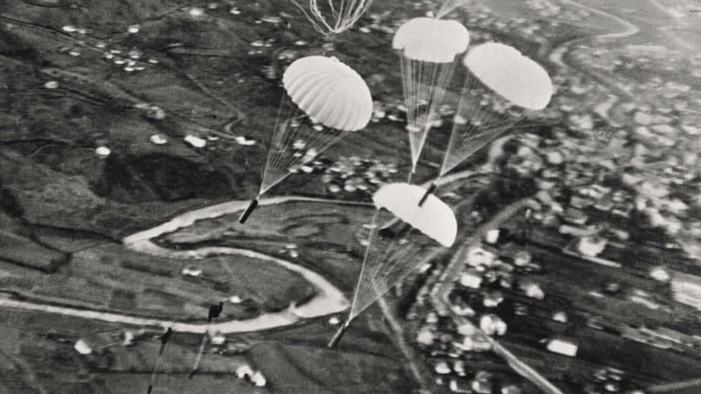 These Jewish Resistance Volunteers Parachuted into Nazi-Occupied Europe