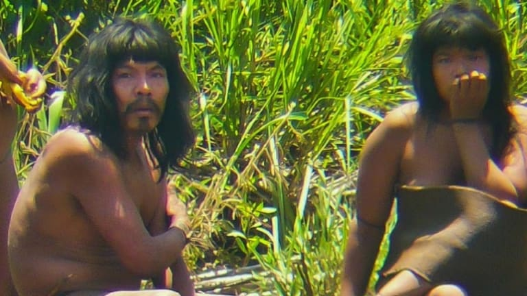 Peruvian Tribe Makes Rare Appearance