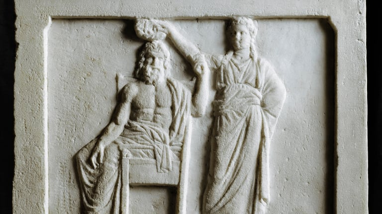 what steps did pericles take to strengthen democracy in athens