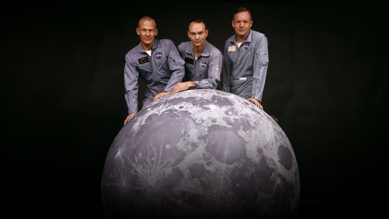 apollo 11 space mission timeline - photo #32