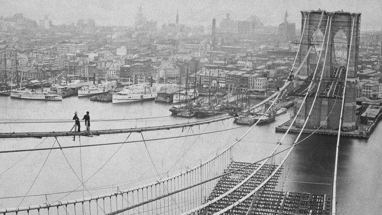 Construction of the Brooklyn Bridge Took 14 Years—And Multiple Lives