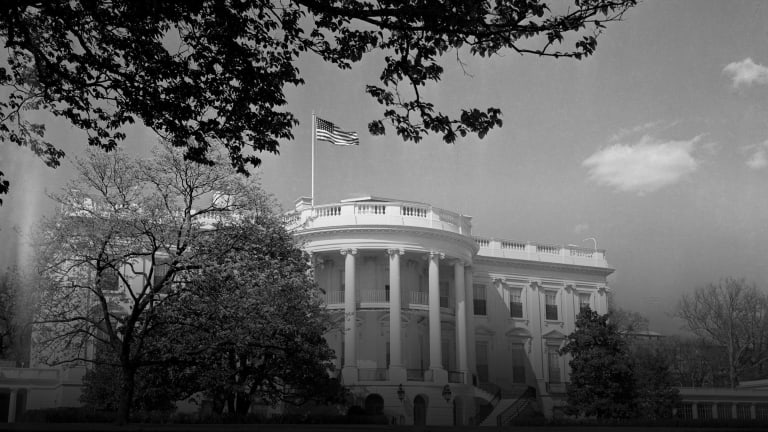 When UFOs Buzzed the White House and the Air Force Blamed the Weather