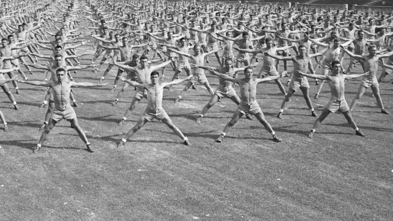 See Photos of WWII Naval Cadets Training Like Pro Athletes