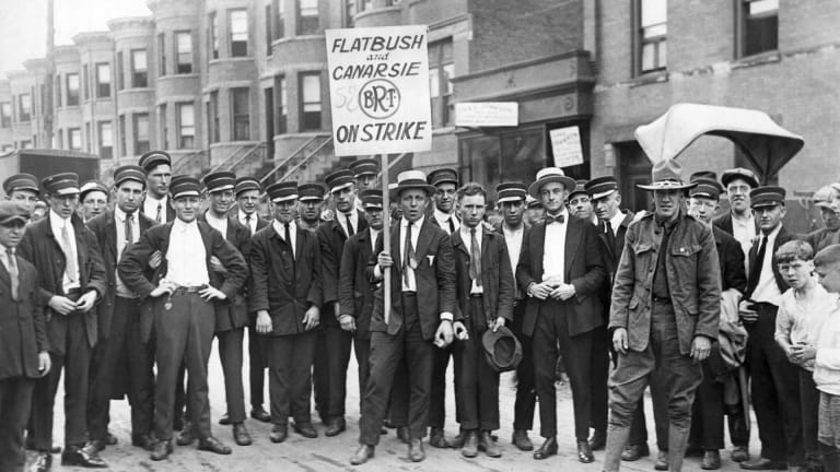 Why Labor Unions Declined in the 1920s