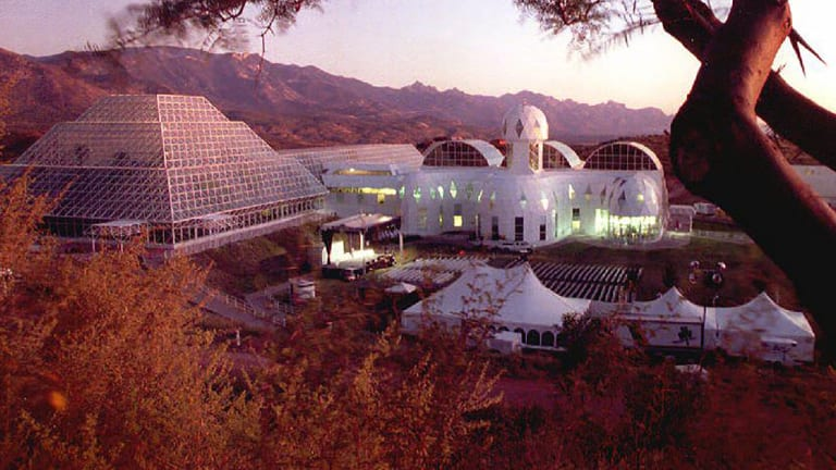 When Biosphere 2 Became a Grand Experiment in Self-Isolation