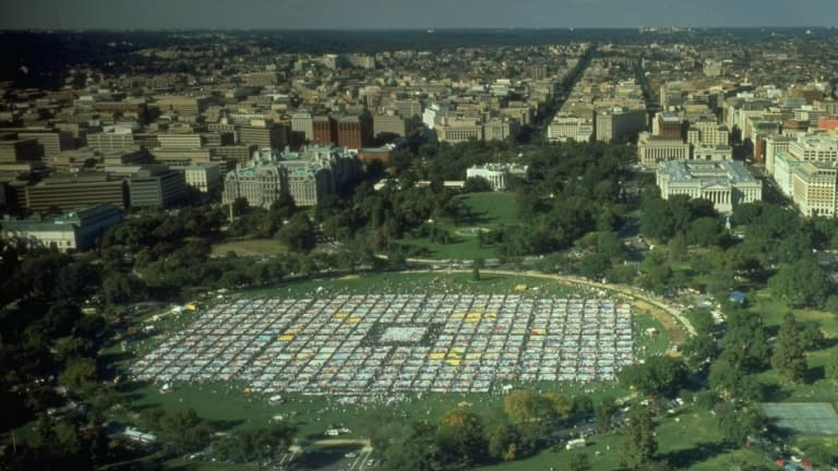How the AIDS Quilt Allowed Millions to Memorialize the Epidemic