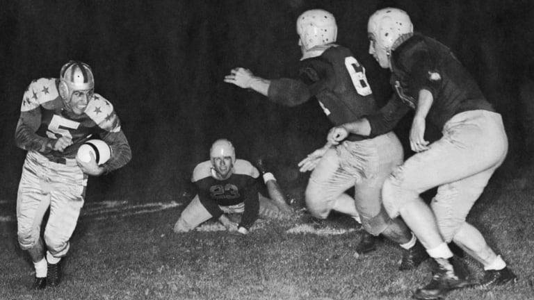 When the College Football Stars Played NFL Champs