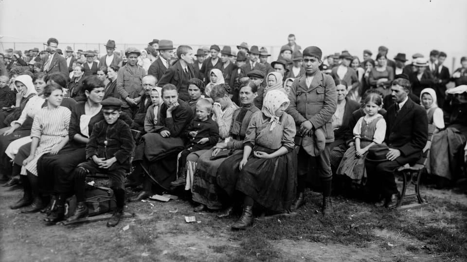 How the Immigrants Who Came to Ellis Island in 1907 Compare to Arrivals Today