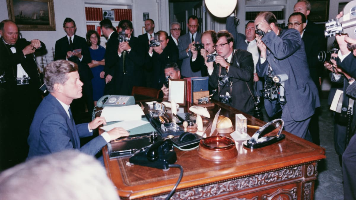 Cuban Missile Crisis - Causes, Timeline & Significance - HISTORY