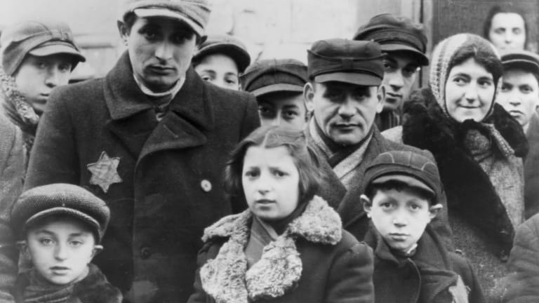 trace the persecution of the jewish people in europe