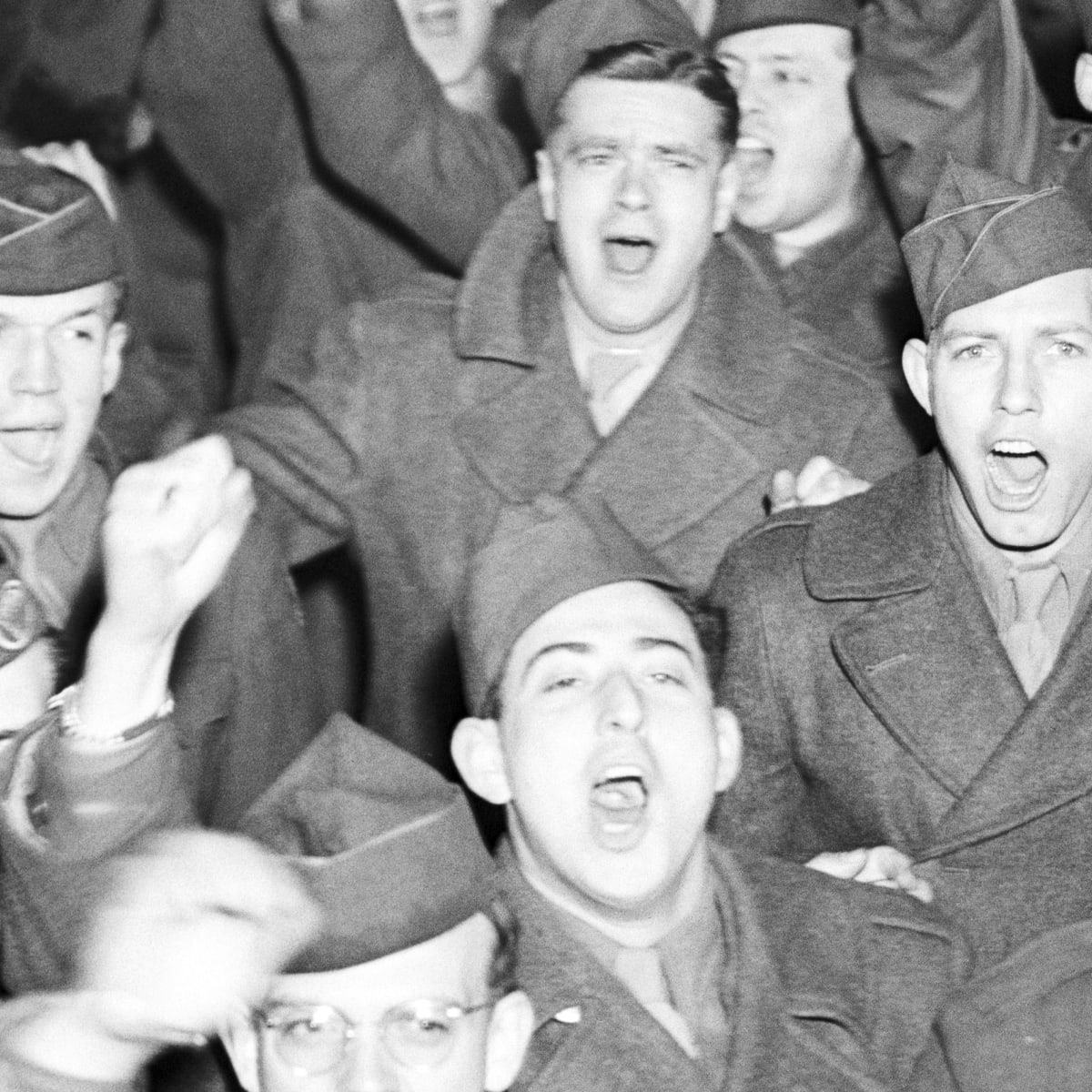 Us Navy Personnel Returning Home 2020 Christmas Why WWII Soldiers Mutinied After V J Day   HISTORY