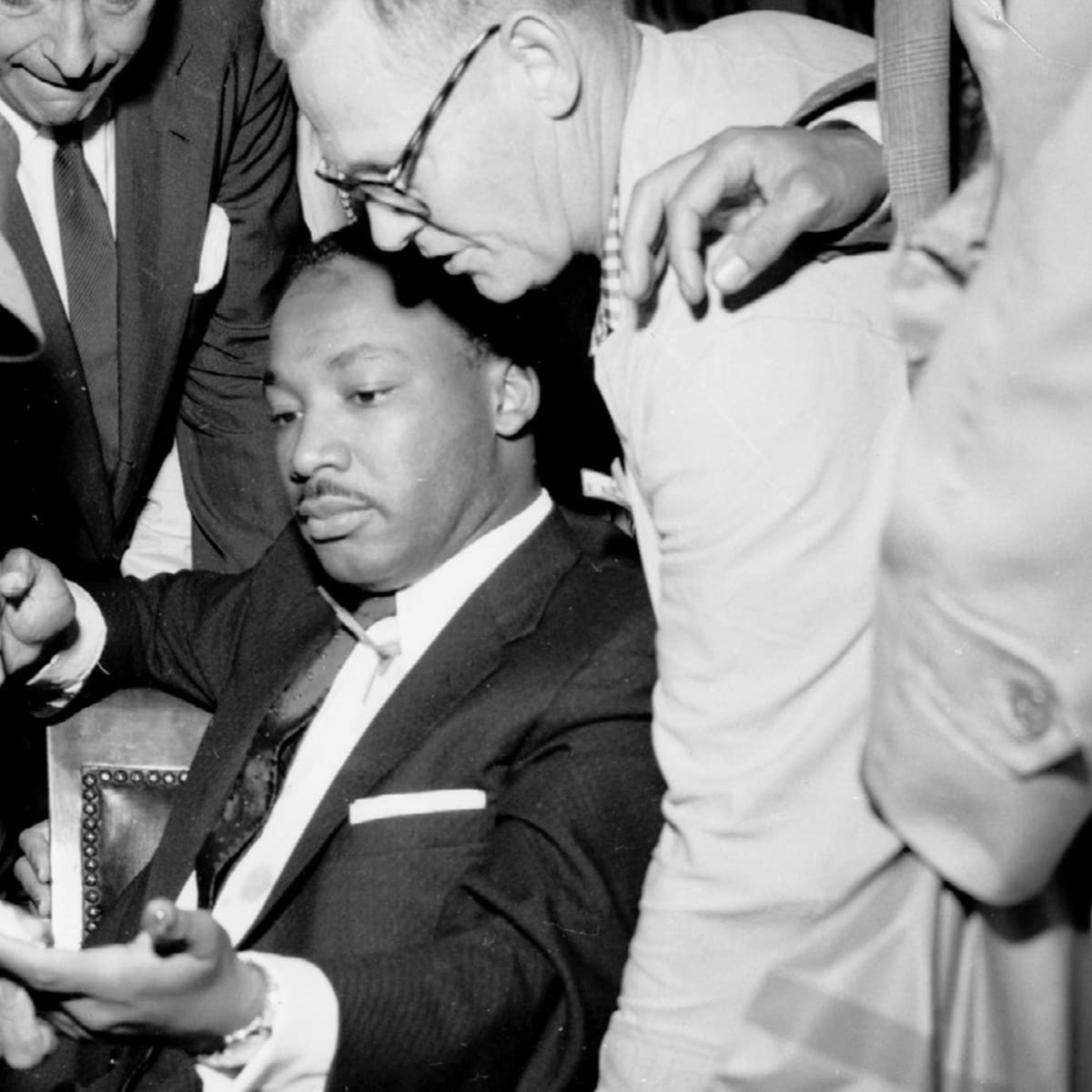 How An Assassination Attempt Affirmed Mlk S Faith In Nonviolence History