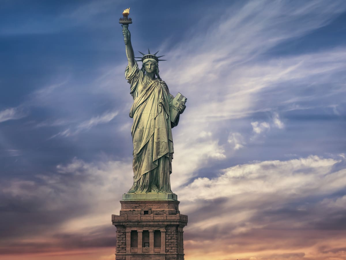 Statue of Liberty - Height, Location & Timeline - HISTORY