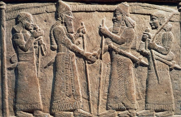 What is the origin of the handshake? - HISTORY