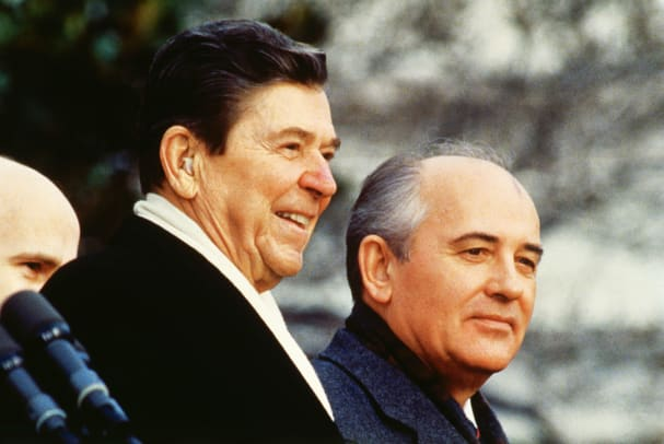 Ronald Reagan And Mikhail Gorbachev 2