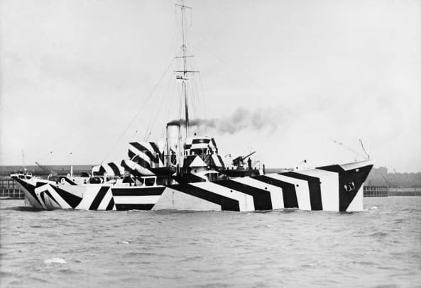 WWI-Dazzle Camouflage-GettyImages-154420247