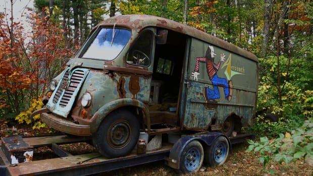 Did American Restoration Get Cancelled >> The American Pickers Find The Aerosmith Van That Started