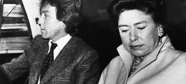 When Princess Margaret S Affair Hit The Tabloids And Torpedoed Her