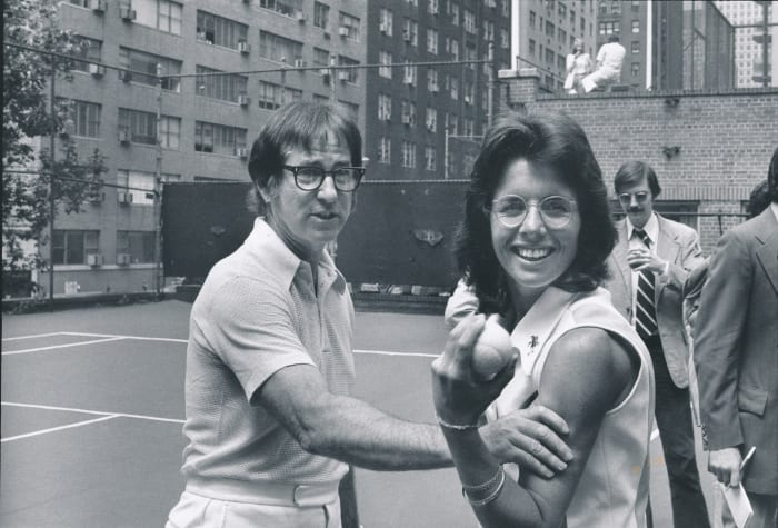 """Bobby Riggs (L) and Billie Jean King during the """"Battle of the sexes"""""""