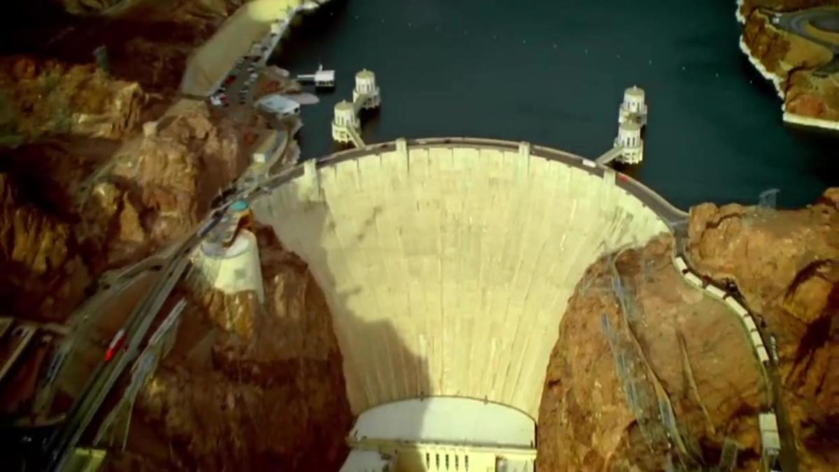 Deconstructing History: Hoover Dam