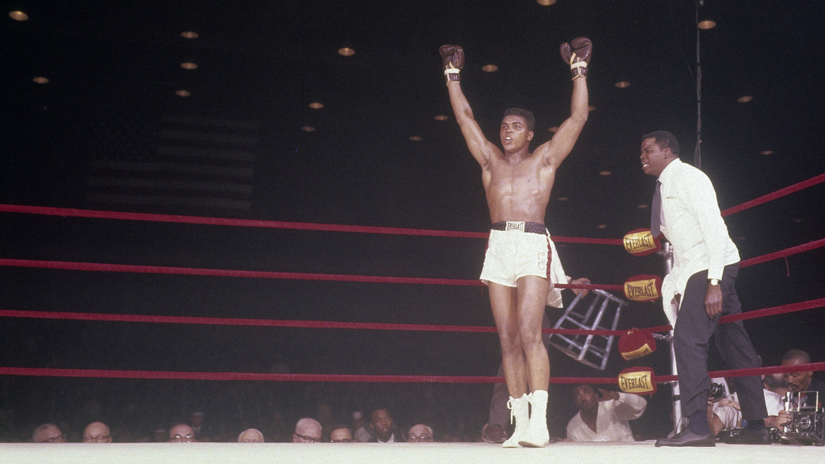 Young Muhammad Ali knocks out Sonny Liston for first world title