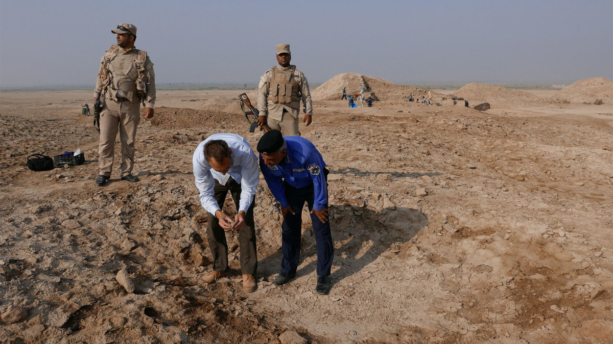 The site of Tello in Southern Iraq, where the British Museum's Iraq Emergency Heritage Management Training Scheme has been conducting archaeological excavations since 2016. (Credit: The British Museum)