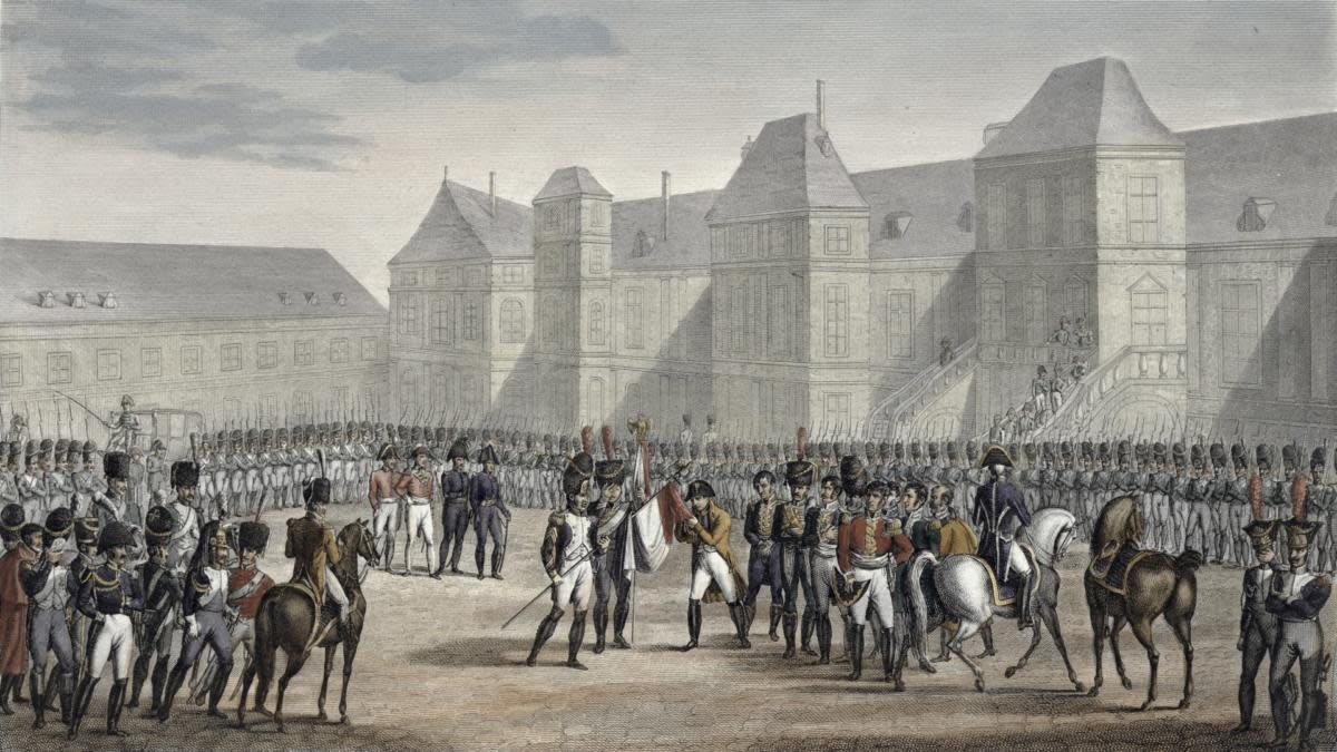 The abdication of Napoleon and his departure from Fontainebleau for Elba, April 20, 1814. (Credit: Historica Graphica Collection/Heritage Images/Getty Images)