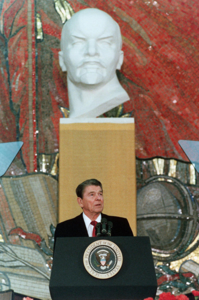 President Ronald Reagan at Moscow State University, Russia. (Credit: Corbis/Getty Images)