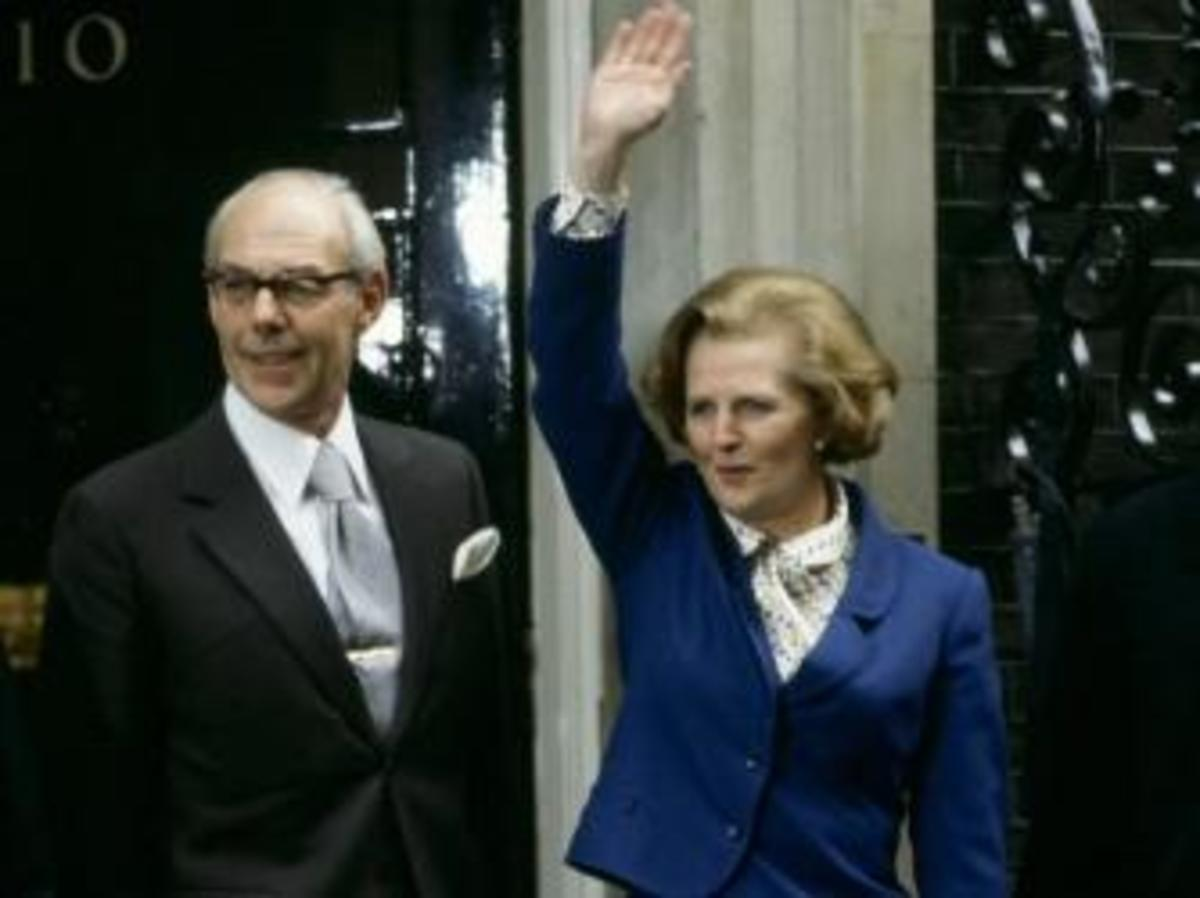 Newly elected Prime Minister Margaret Thatcher arrives at Downing Street with husband Denis Thatcher. (Credit: Tim Graham/Getty Images)