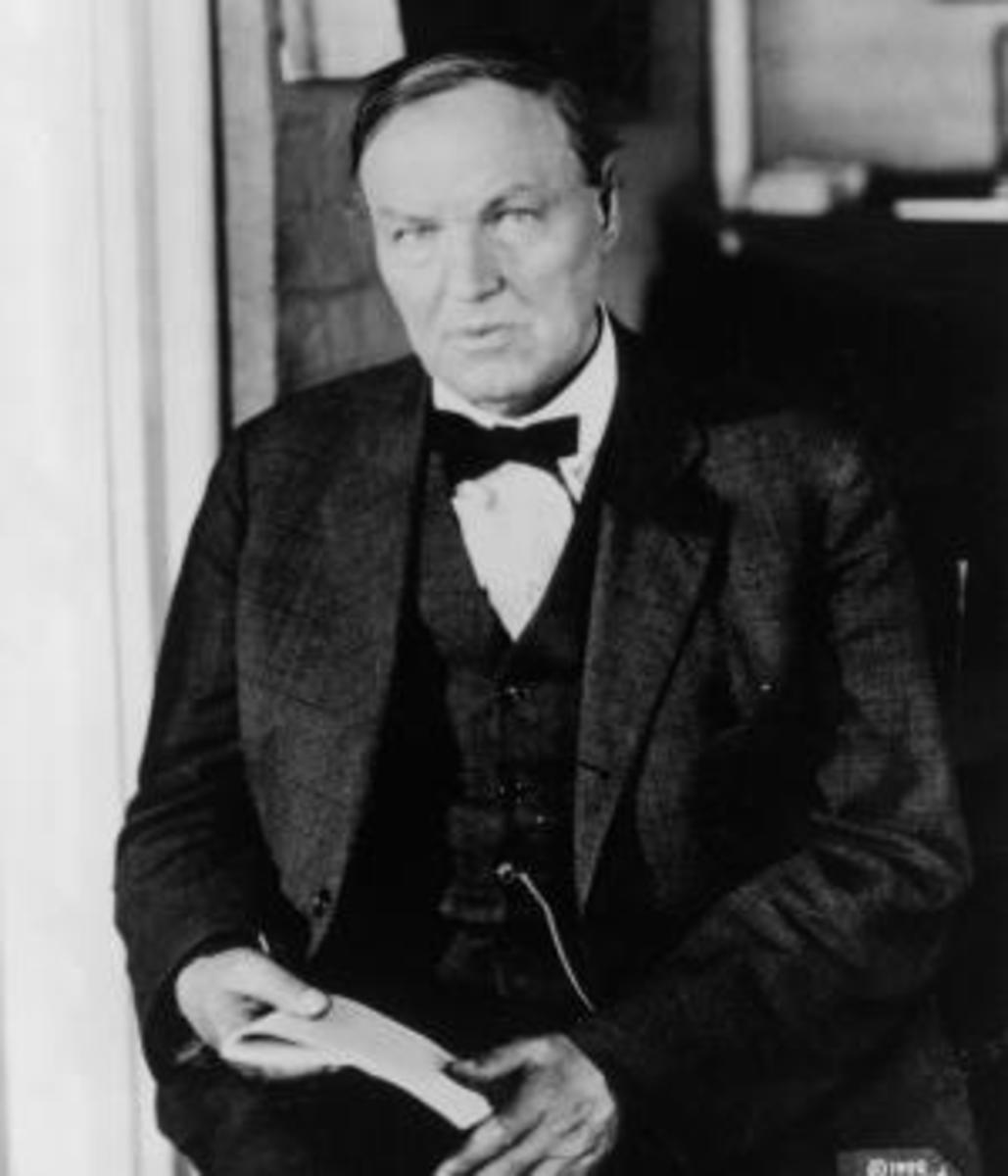 Defense attorney Clarence Darrow. (Credit: Hulton Archive/Getty Images)