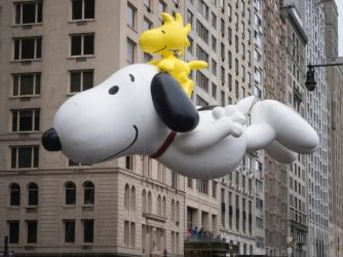 Snoopy balloon at the Macy's Thanksgiving Day Parade. (Credit: Zoran Milich/Getty Images)