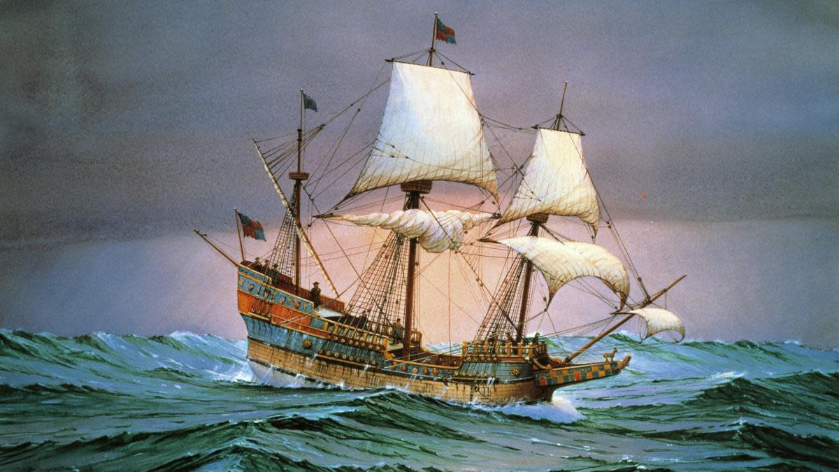 Francis Drake's ship, the Golden Hinde, was the first English vessel to circumnavigate the globe. (Credit: DeAgostini/Getty Images)