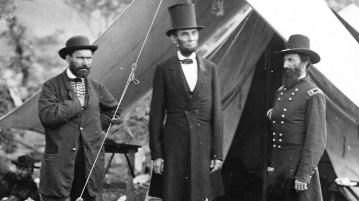 Allen Pinkerton (left) with President Abraham Lincoln and a Union general during the Civil War