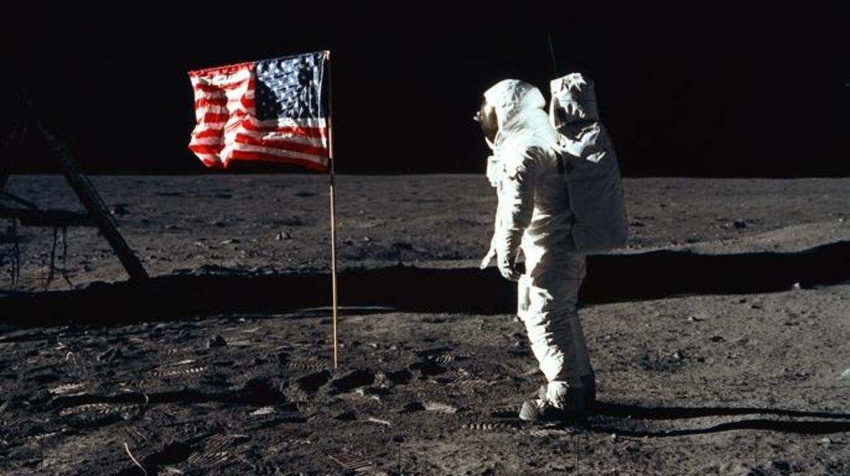 """376713 03: (FILE PHOTO) Astronaut Edwin """"Buzz"""" Aldrin during an Apollo 11 EVA on the surface of the Moon (Credit: NASA/Newsmakers)"""