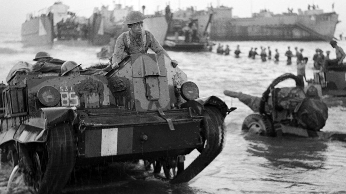 The British Army during the invasion of Sicily in 1943. (Photo by Sgt. Frederick Wackett/ IWM via Getty Images)