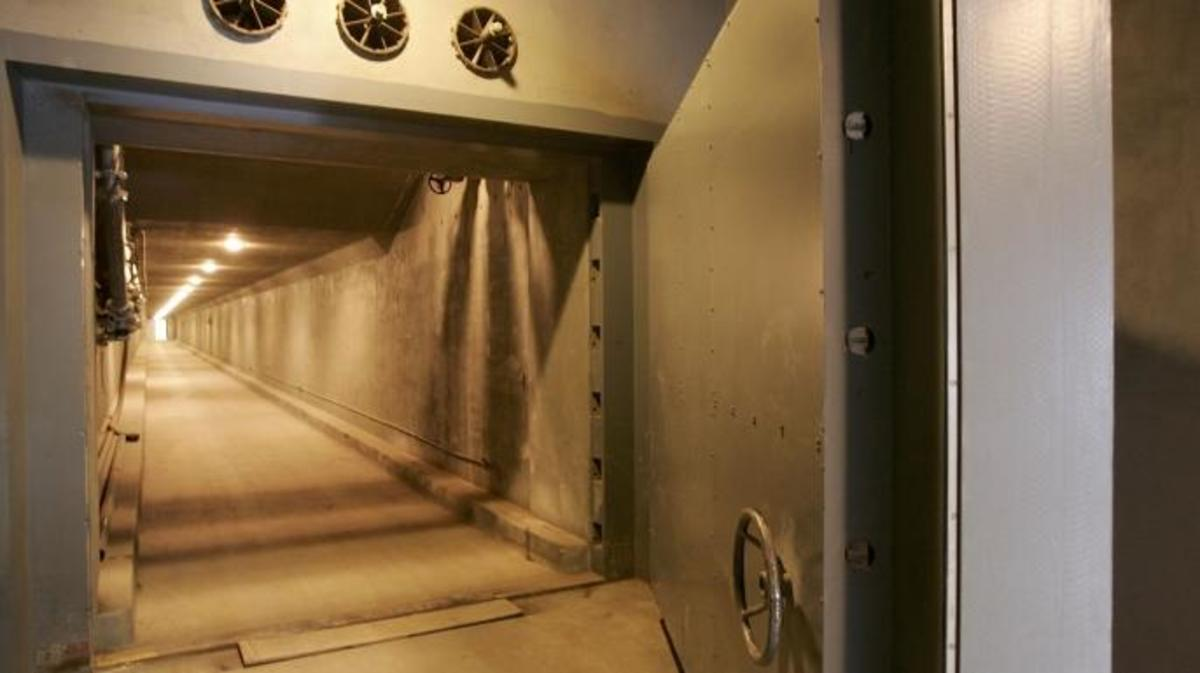 "A view of the West Tunnel Blast Door, which weighs 25 tons and serves as an entrance to a former government relocation facility codenamed ""Project Greek Island"". This 112,000 square-foot shelter was constructed beneath the Greenbrier Resort's West Virginia Wing, to serve as a relocation site for members of the U.S. Congress and associated staff in the event of a nuclear attack on the U.S. soil.   (Credit: Alex Wong/Getty Images)"