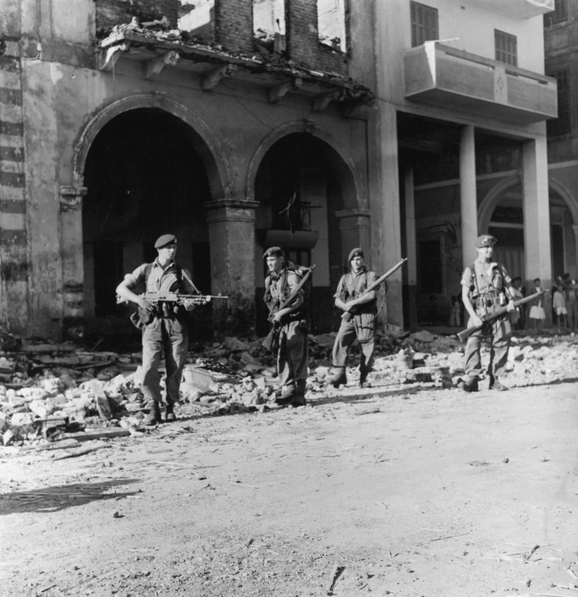 British troops on patrol in Egypt during the Suez Crisis, 13th November 1956. (Photo by Walter Bellamy/Daily Express/Hulton Archive/Getty Images)