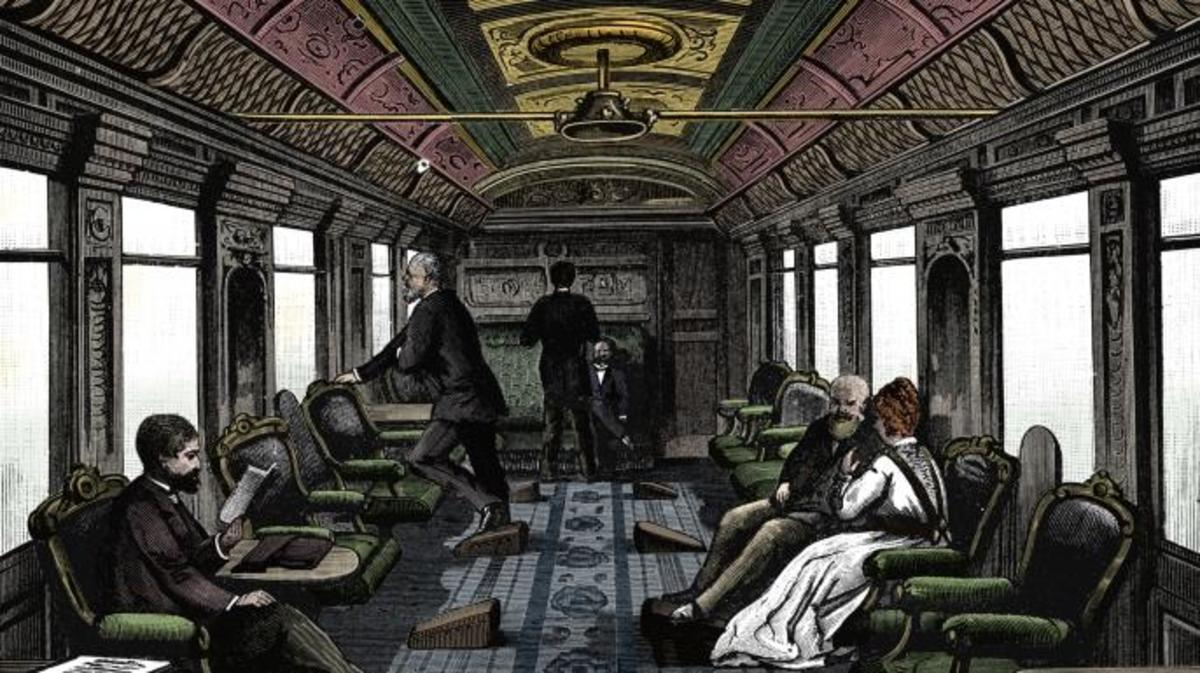 Saloon car on the Orient Express, 1895. (Credit: The Print Collector/Getty Images)