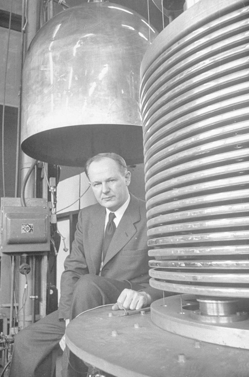 John Trump, head of research at MIT, in high voltage research lab of MIT, 1949. (Credit: Alfred Eisenstaedt/The LIFE Picture Collection/Getty Images)